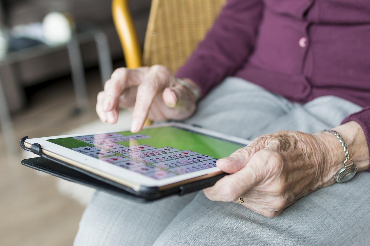 Comment les seniors consomment sur le Web ?